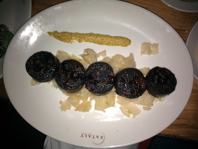 how to eat blood sausage