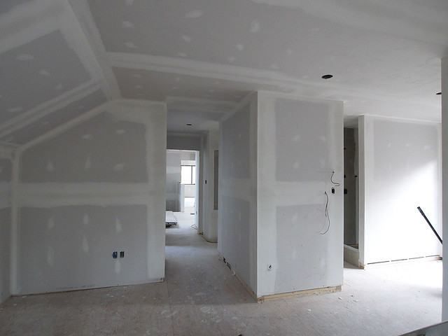 upper bedroom to hall