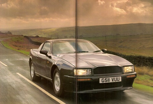 Rowan Atkinson Drives the Aston Martina Virage V8 Road Test 1990 (4)