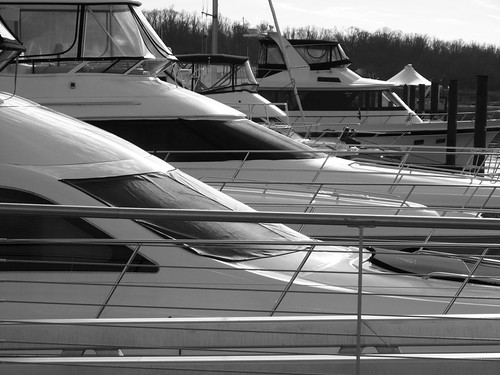 National Harbor - boats b&w