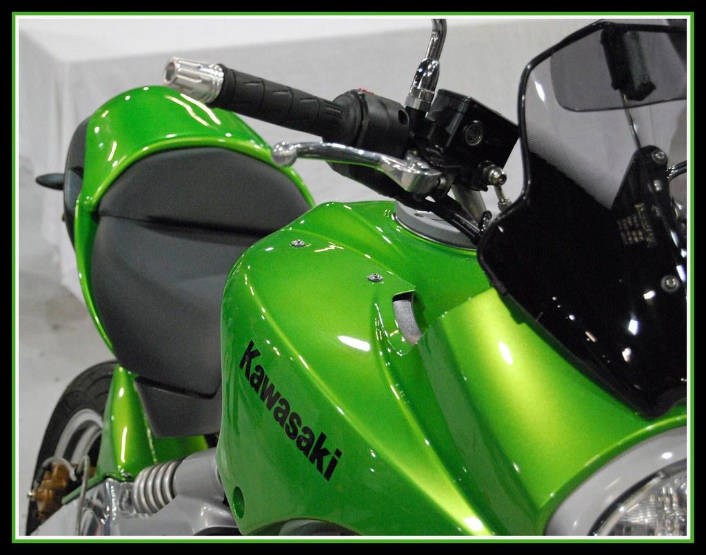 Kawasaki Bright Green Paint