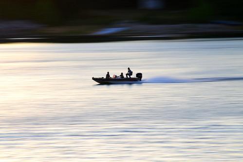 sunset lake blur speed boat fishing bass dusk panning clemson hartwell bassboat