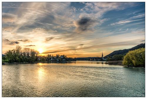 light sunset sky sun clouds landscape schweiz switzerland see town sonnenuntergang sony wolken sigma stadt sonne rhein spiegelung landschaften abendsonne steinamrhein thurgau eschenz sonya77 mygearandme mygearandmepremium mygearandmebronze mygearandmesilver