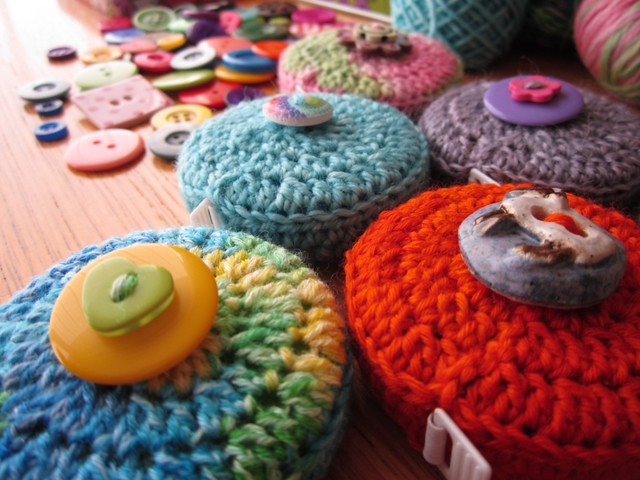 crochet tape measure cases tutorial (63)