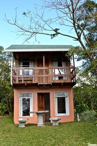 budget hotel in monteverde costa rica