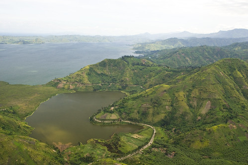 lake green water landscape aerial hills unitednations congo drc unphoto democraticrepublicofthecongo northkivu masisi