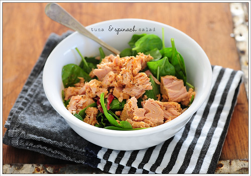 tuna & spinach salad