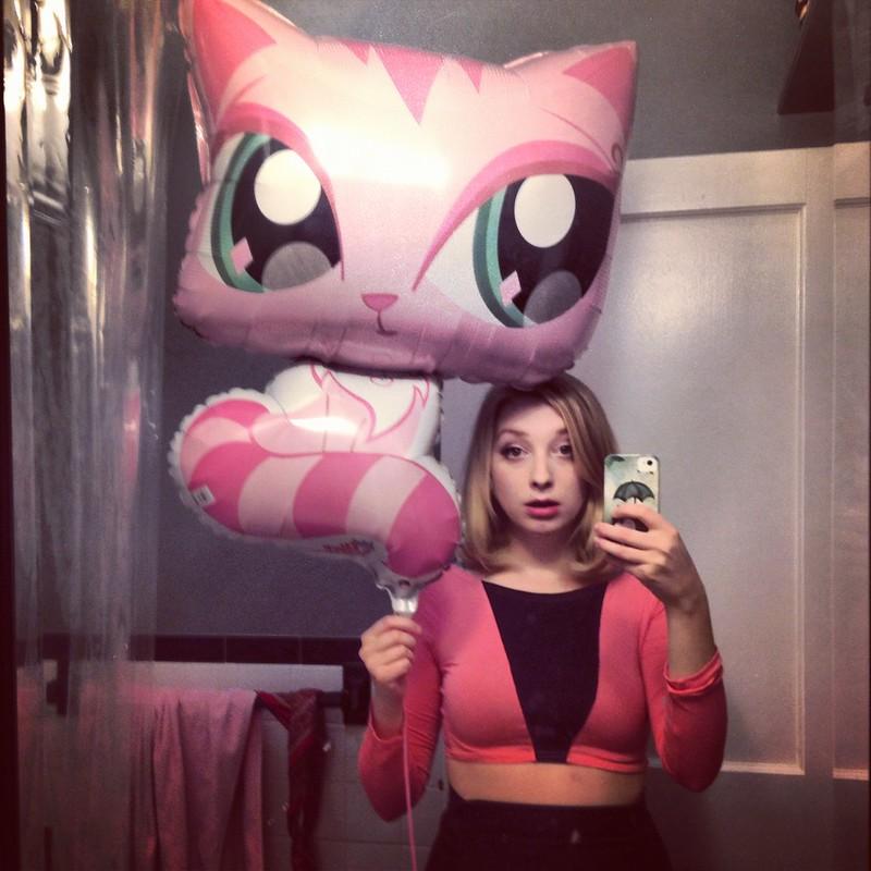 cat balloon.