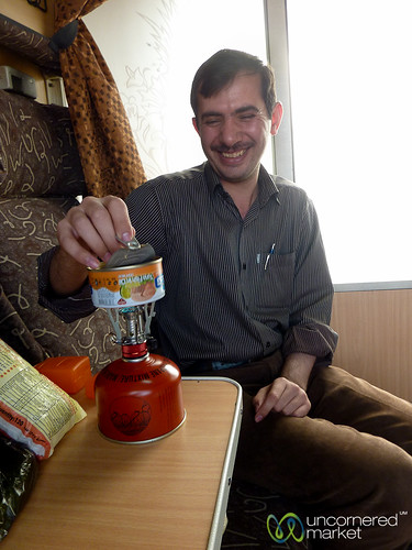 Making Lunch on Iranian Train - Tabriz to Istanbul