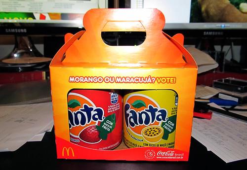 2012 Fanta Strawberry and Maracuja free promo McDonalds Rio de Janeiro by roitberg
