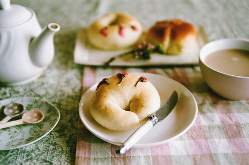 sakura bagel & anpan