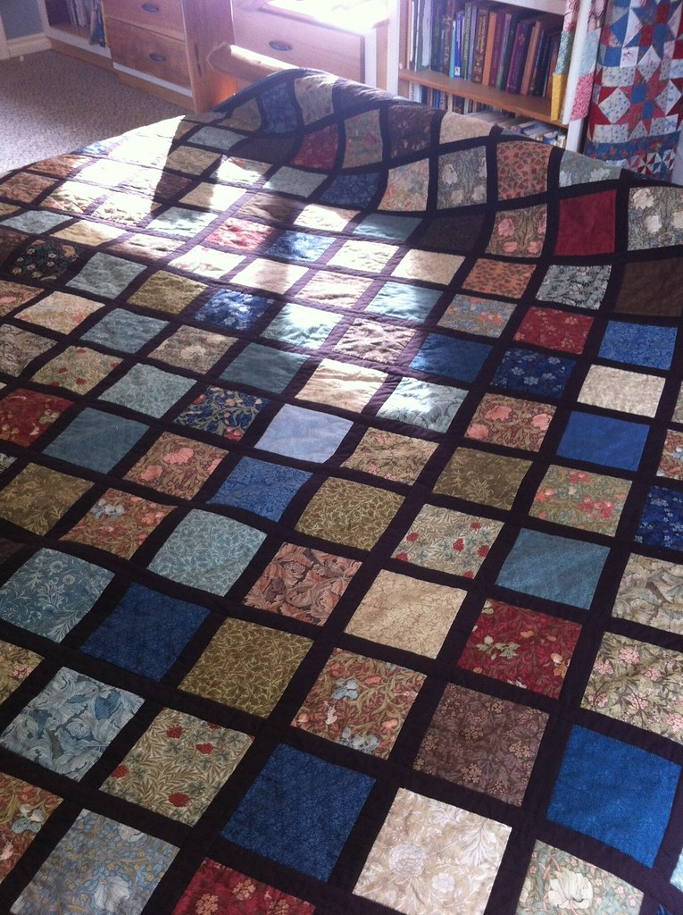 William Morris Charm Quilt