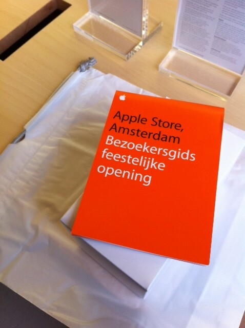 Opening Apple Store Amsterdam