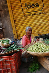 vegetable seller bai shot by marziya shakir 4 year old by firoze shakir photographerno1