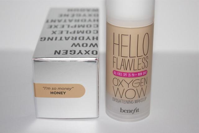 Hello Flawless Oxygen Wow Foundation