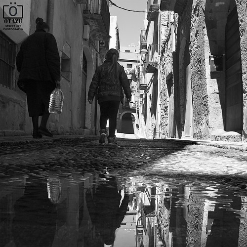 [AGUA] - [ STREET LIFE - PHOTOGRAPHY ] by Otazu