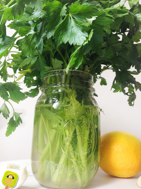 keeping parsley fresh - provenzal chimichurri sauce recipe