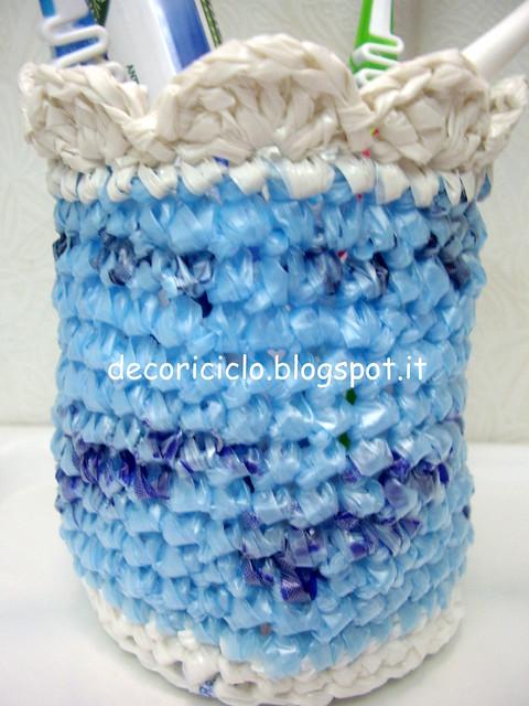 porta-spazzolini di sacchetti di plastica 2
