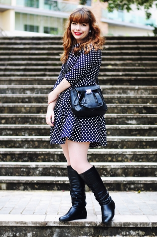 Outfit, Romwe polka dot dress, chess print dress, Romwe beige coat, belted cape, persunmall black bag, sheaside black tall boots, o boticário black crystal collection dark rouge