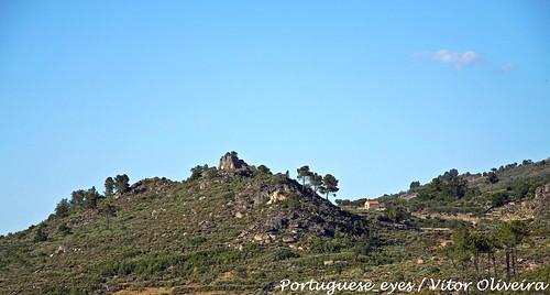 Outeiro e Capela de Santiago - Escurquela - Portugal
