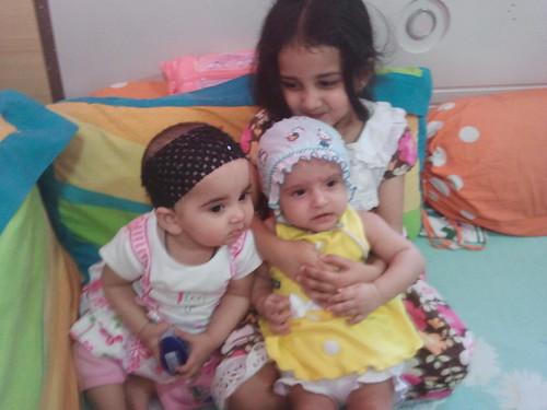 My Grand Daughters Marziya Nerjis and Zaira.. by firoze shakir photographerno1