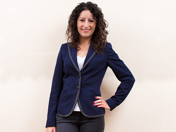 How to Find a Blazer Jacket That Fits