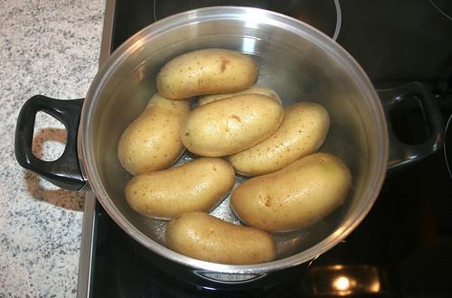 09 - Kartoffeln kochen / Cook potatoes