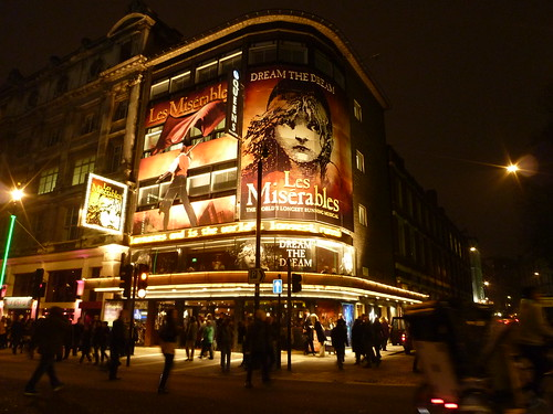 Queen's Theatre in London by rachlyf
