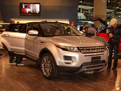 automobile(1.0), range rover(1.0), sport utility vehicle(1.0), vehicle(1.0), automotive design(1.0), compact sport utility vehicle(1.0), auto show(1.0), range rover evoque(1.0), land vehicle(1.0), motor vehicle(1.0),