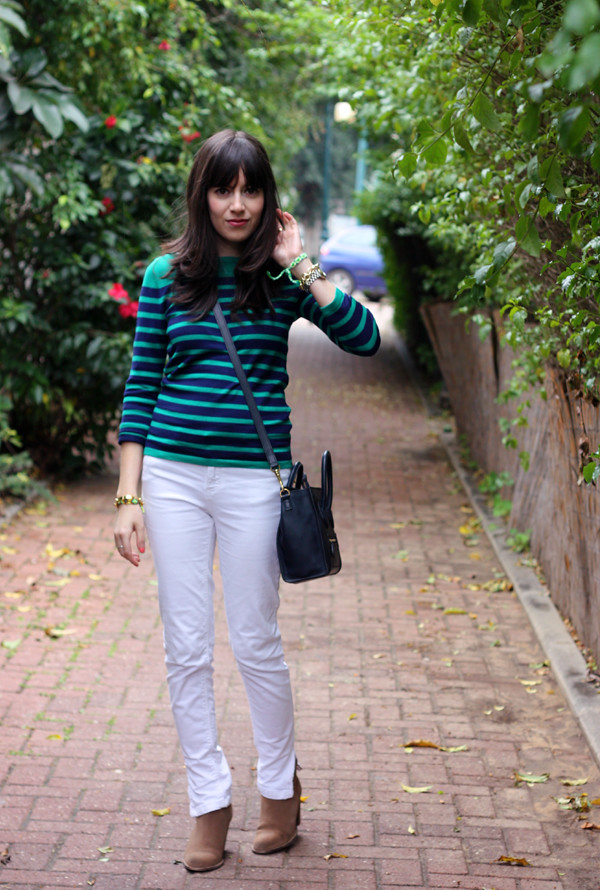 striped_top_white_jeans_celine_bag3