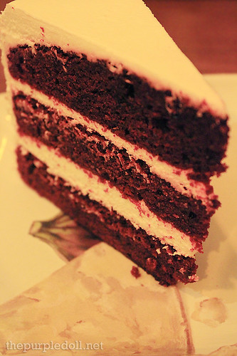 Red Velvet Cake P130