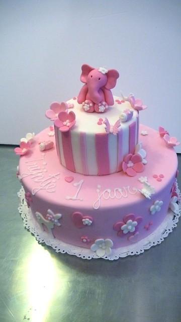 little girl 39 s 1st birthday cake flickr photo sharing