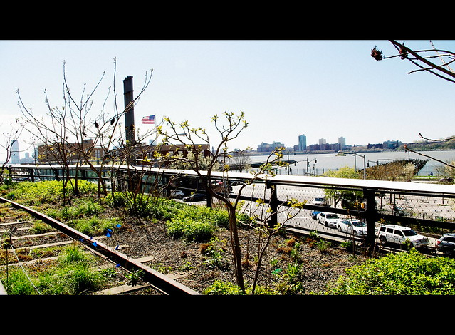 Travel to New York City : Chelsea High Line Park