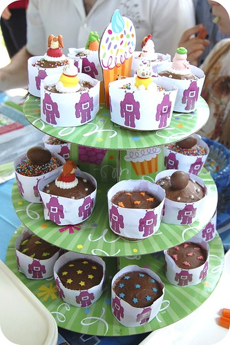 Little O's 1st Birthday Cup Cakes