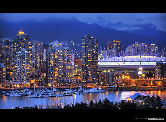 20 Stunning Photos Of Bc Place At Night 187 Vancouver Blog