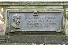 Photo of Robert Louis Stevenson brown plaque