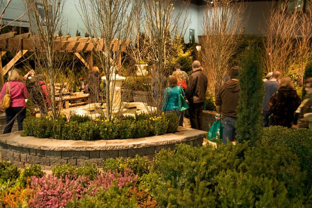 formal english garden  1255