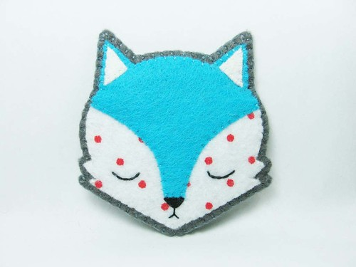 Fox with measles felt brooch