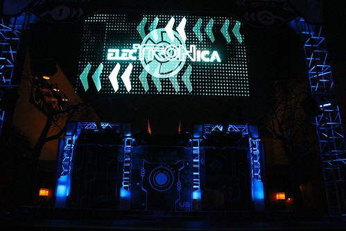 ElecTRONica portal opening