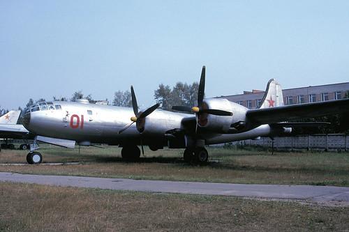 01r Tu-4