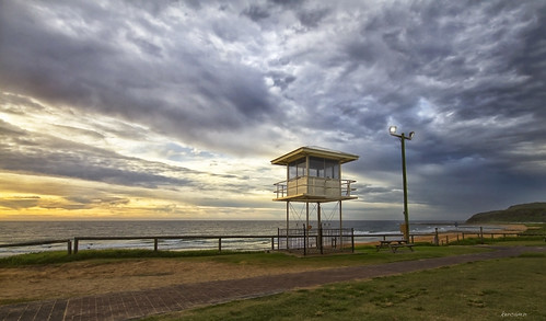 Shelly Beach Shark Tower - 26-02-2012