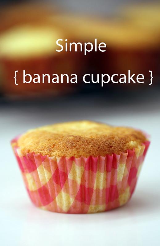Simple Banana Cupcake