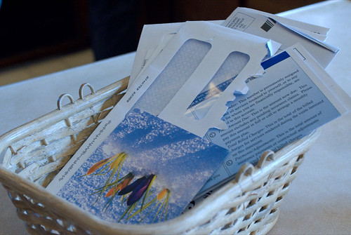 "Start a ""Mail Basket"" and Process It Weekly (110/365)"