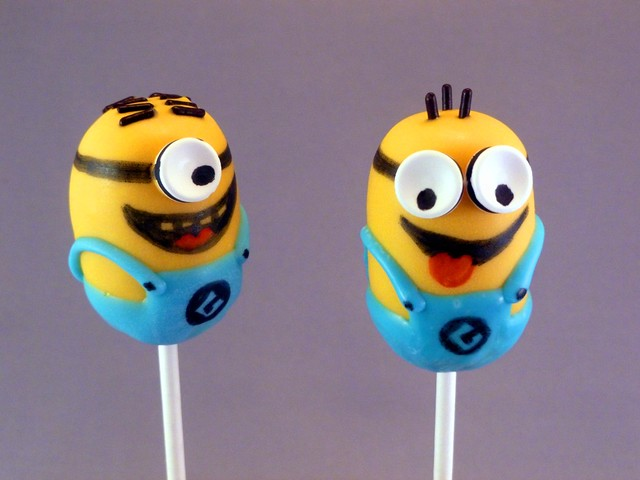 Despicable Me Cake Decorations Uk