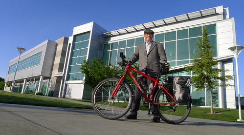curtis corlew with bike at Los Medanos College