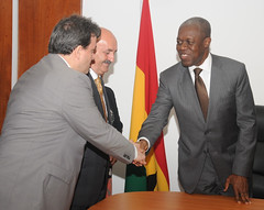 Vice President Amissah-Arthur exchanging pleasantries with a member of the Turkish delegation.
