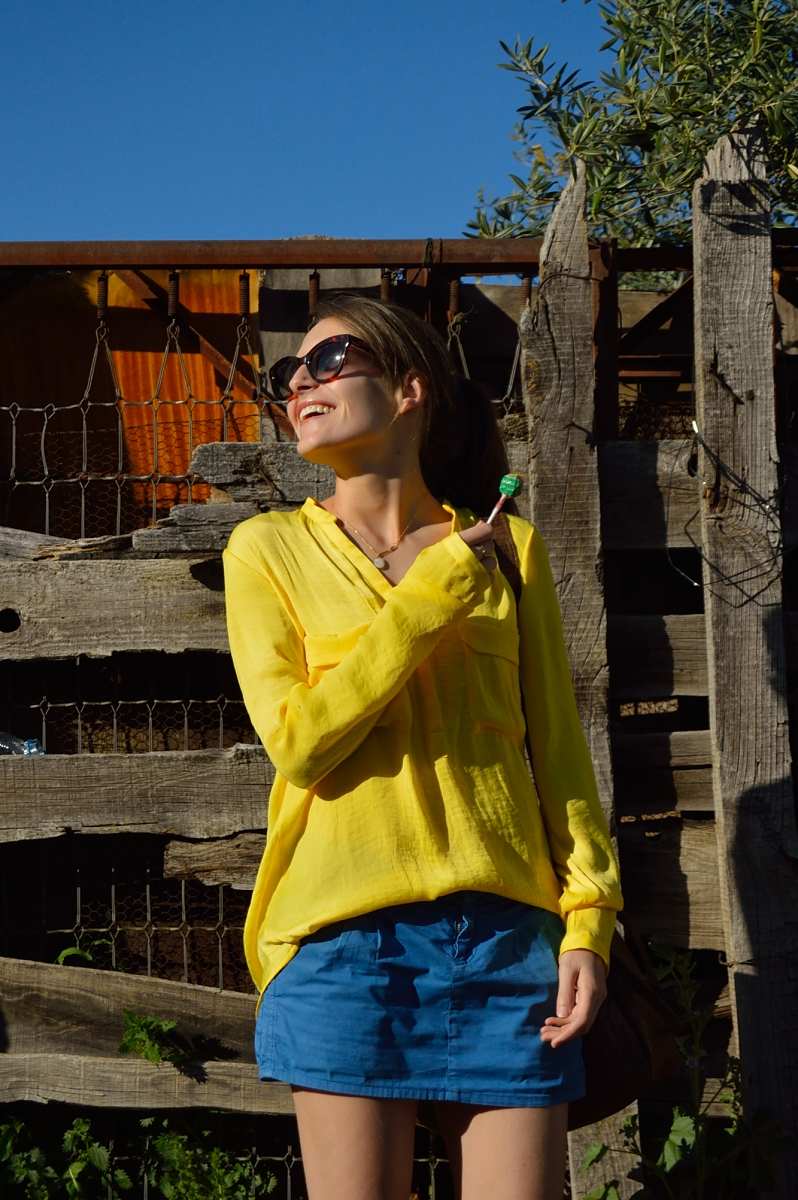 lara-vazquez-madlulablog-fashion-yellow-blue