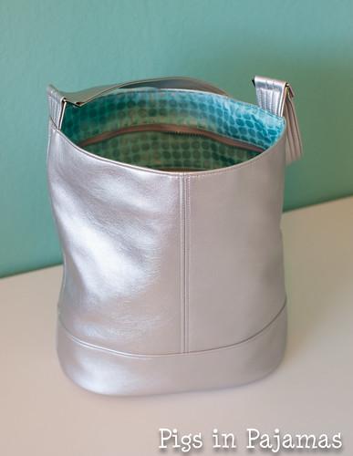 Swoon Bucket Bag open