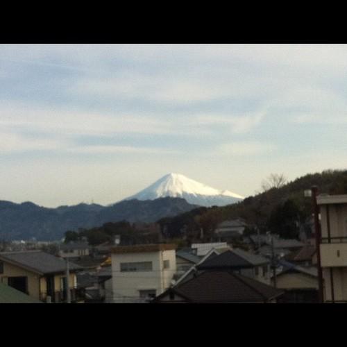 久しぶりに富士山ポスト。今年一番の冠雪かも。