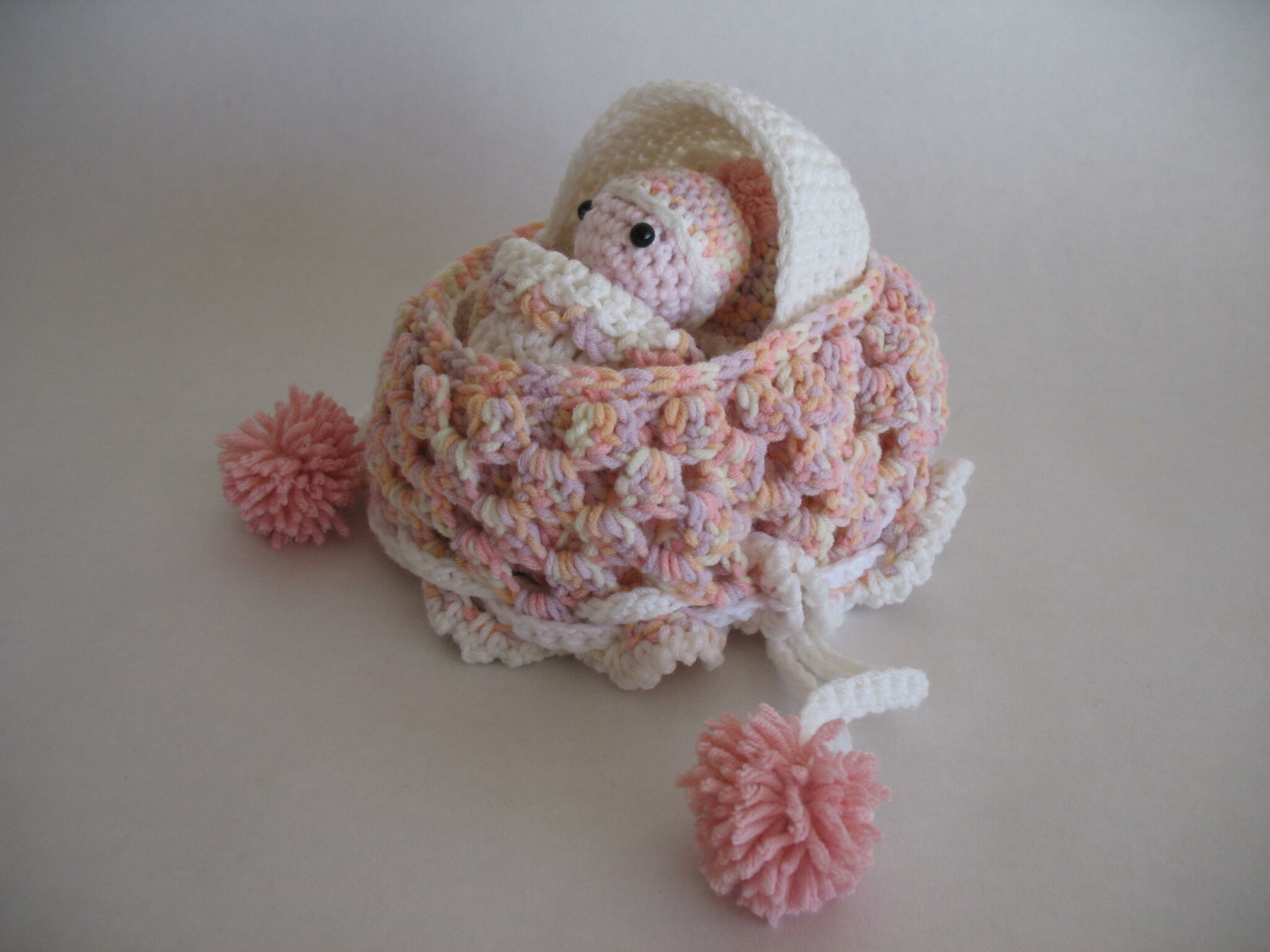 Crochet Baby Cradle Purse Pattern : Baby Cradle Purse Flickr - Photo Sharing!